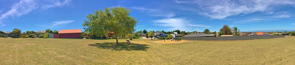 Lapwing Street Reserve Panorama 1