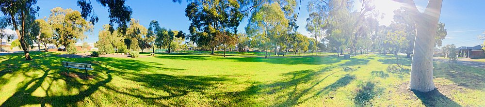 Everest Avenue Reserve Panorama 1