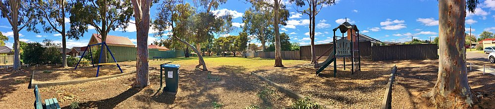 Hawkesbury Avenue Reserve Panorma 3