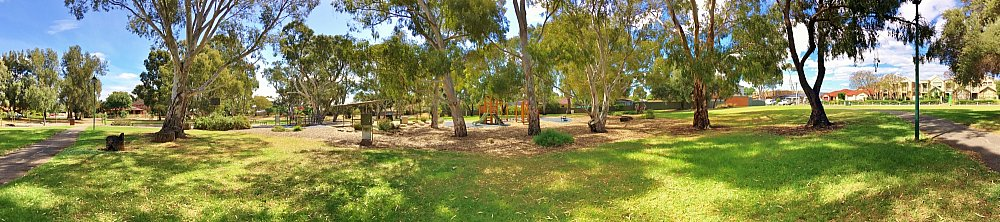 Maldon Avenue Reserve Panorama 1