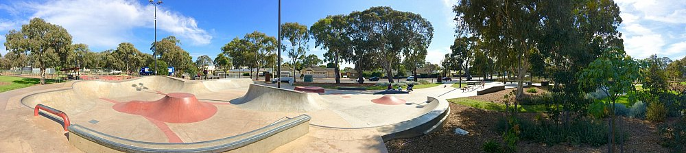 Oaklands Reserve Oaklands Recreation Plaza Skate Panoramic 1