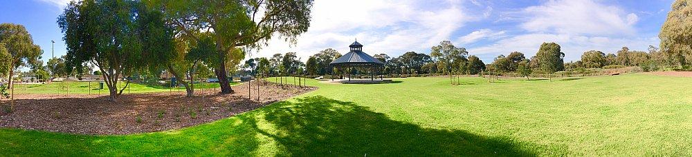Oaklands Reserve Oaklands Recreation Plaza Rotunda Space Panoramic 4