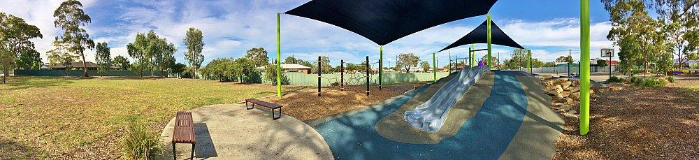 Mulcra Avenue Reserve 20190107 Panorama 2