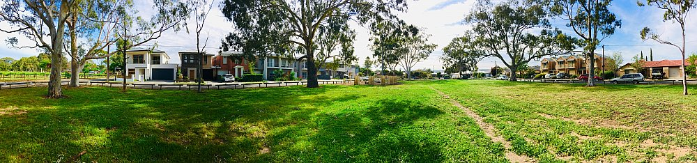 Parsons Grove Reserve Panorma 1