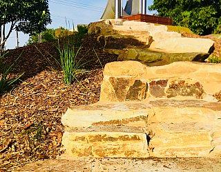 Sixth Avenue Reserve Rocky Steps
