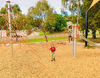 Gully Road North Reserve Climbing Net 5 Xb