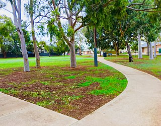 Sandery Avenue Reserve Paths 1