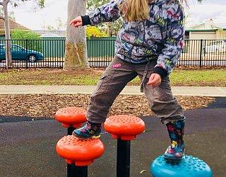 Sandery Avenue Reserve Balancing Steps 3 Zb