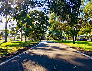 Everest Avenue Reserve Sturt River Linear Park 1