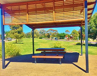 Harbrow Grove Reserve Picnic Table