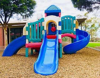 Hessing Crescent Reserve Playground 3