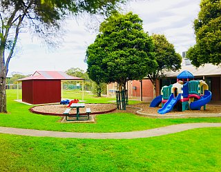 Hessing Crescent Reserve Playground 2