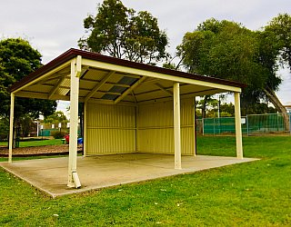 Hessing Crescent Reserve Playground Shelter