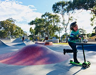 Oaklands Reserve Oaklands Recreation Plaza Skate Rollover Hip Xb 2
