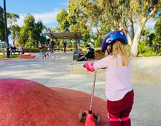 Oaklands Reserve Oaklands Recreation Plaza Skate Rollover Hip Zb 1