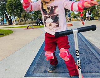 Oaklands Reserve Oaklands Recreation Plaza Skate Ledge Zb 1
