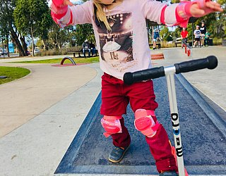 Oaklands Reserve Oaklands Recreation Plaza Skate Ledge Zb 1