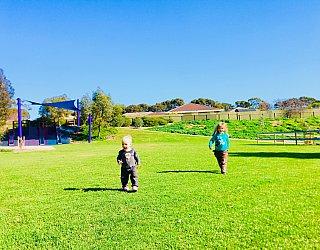 Glade Crescent Reserve Junior Playground Grass Kick About 1 Eb Zb