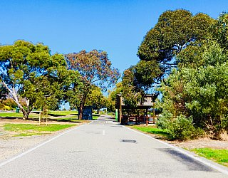 Glade Crescent Reserve Coast to Vines 4