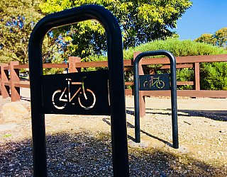 Glade Crescent Reserve Facilities Bike Stand 2