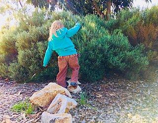 Glade Crescent Reserve Senior Playground Rocks 1 Zb