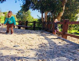 Glade Crescent Reserve Junior Playground Sandpit 2 Eb Zb