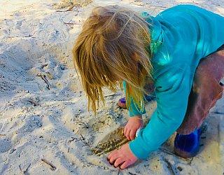 Glade Crescent Reserve Junior Playground Sandpit 1 Zb