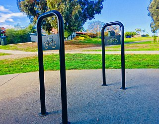 Glade Crescent Reserve Facililities Bike Stand 1