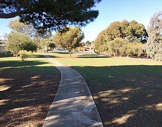 Nannigai Drive Reserve Path 1