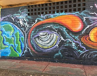Nannigai Drive Reserve Toilet Mural 1