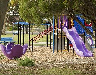 Rosslyn Street Reserve Playground 1