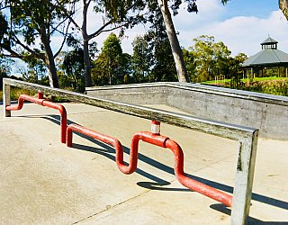 Oaklands Reserve Oaklands Recreation Plaza Skate Grind Pipe Bar 1