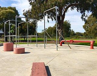 Oaklands Reserve Oaklands Recreation Plaza Parkour 4