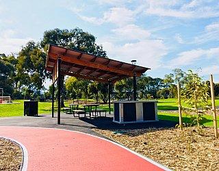 Oaklands Reserve Oaklands Recreation Plaza Facilities Picnic 4