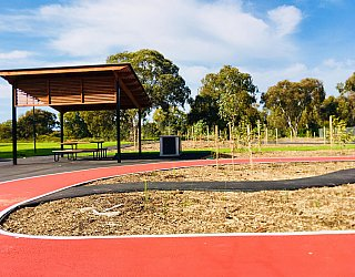Oaklands Reserve Oaklands Recreation Plaza Facilities Picnic 1