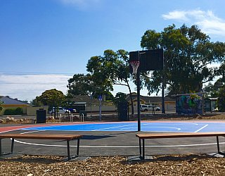Oaklands Reserve Oaklands Recreation Plaza Sports Netball 3