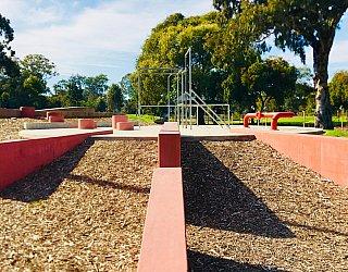 Oaklands Reserve Oaklands Recreation Plaza Parkour 2