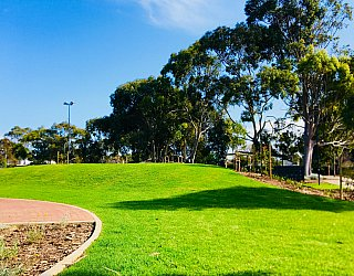 Oaklands Reserve Oaklands Recreation Plaza Rotunda Space Amphitheatre 1