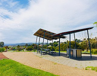 Mostyn Road Reserve Facilities Picnic 6