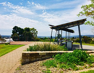 Mostyn Road Reserve Facilities Picnic 1