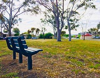 Cowra Crescent Reserve North Seat 1