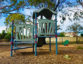 Cowra Crescent Reserve South Playground Multistation 2