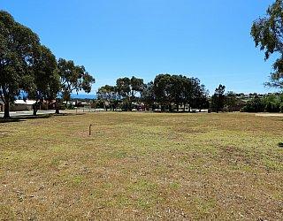 Manoora Drive Reserve 1
