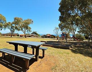 Manoora Drive Reserve Facilities Picnic 1