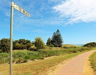 Cormorant Drive Reserve North Beach Sign 1
