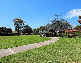 Audrey Street Reserve Facilities Path 1