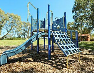 Cohen Court Reserve Playground Multistation 2