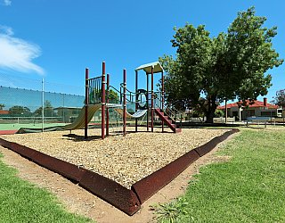 Weaver Street Reserve Playground Multistation 3