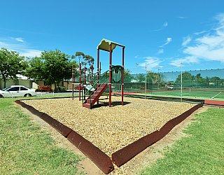 Weaver Street Reserve Playground Multistation 4