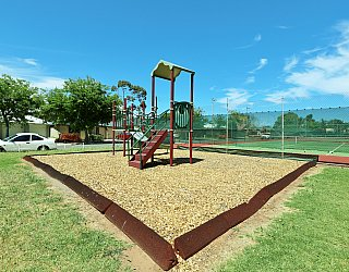 Weaver Street Reserve Playground Multistation 4
